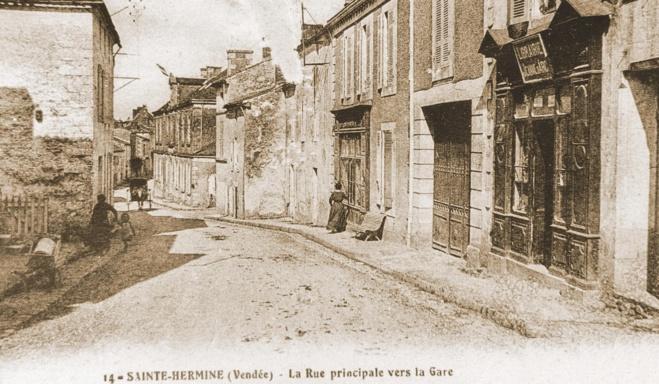 Rue principale à Sainte-Hermine